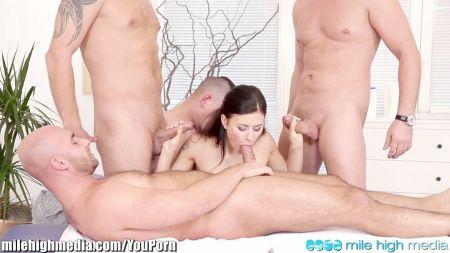 Mom Distrub Sleep Porn