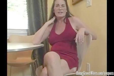 Sex Videos Unckle Drinking Milk