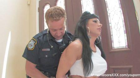 A School Girl Sex In Bus Porn Videos