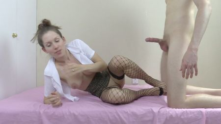 Hot Mon In Bedroom