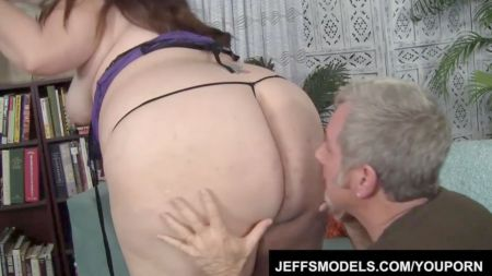 Mom Help Son To Cum Morning
