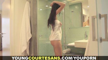 Telugu Auntie S Boob S Pressing Sex Videos