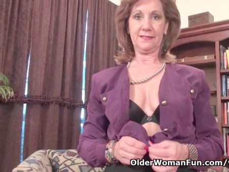 Mom Pays With Her Pussy