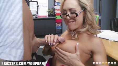 Petite Vs Big Cock