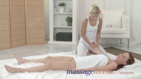 Yoga Teacher Ne Chuda