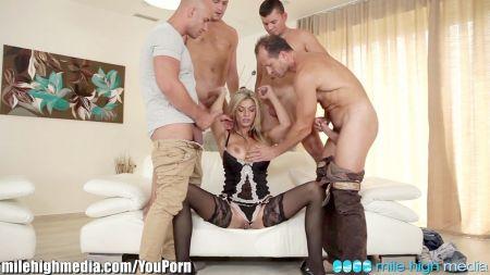 1 Women And 2 Men Sex Video
