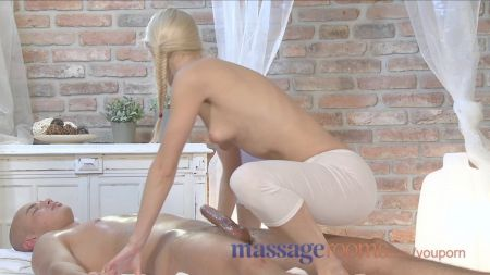 Mom S And Sun And Sister Xxx Videos