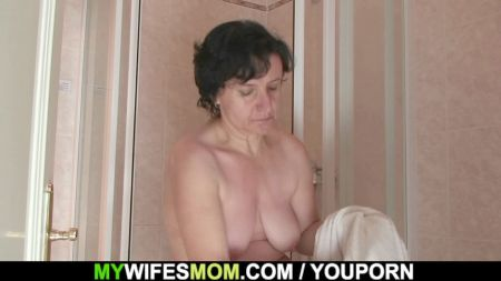 Young Aunt Sex With Small Boy