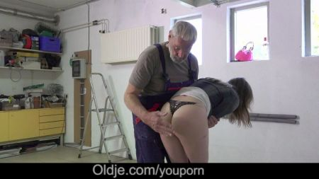 Son Forced Mom To Fuck Hard