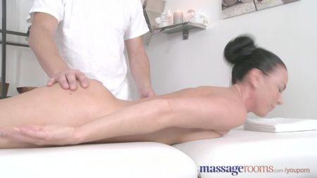 Nazriya Romantic Sex Video
