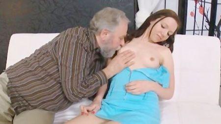 Sister And Brothar Yoga Sex Hlp