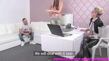 Mia Khalifa Breast Pressing