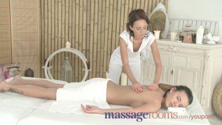 Tourist Sex In Public Full Video