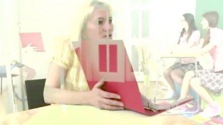Virgin Girl Pussy Sex Video
