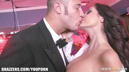 Romantic Love Hot Sex 18 Oild