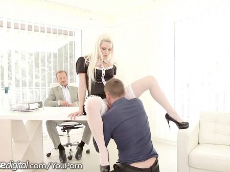 Tion: Beauty Does Squirting At The Sex Game (amateur)