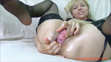 Prestine Edge In Mom Helps Out Stepson