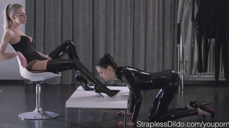 Son Helping Her Sister For Sex Step