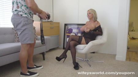 Cum In Side Step Mom Pussy