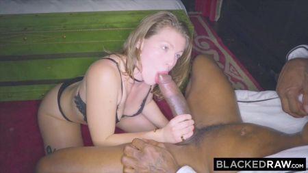 Sexy Big Tits Lesbians