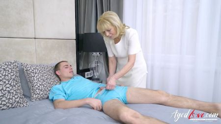 Mom Son In Booth Room Block Mom Hot