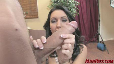 Mom Vs Son Sex Videos