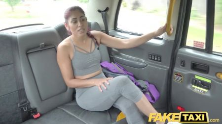 Aimi Yoshikawa Full Body