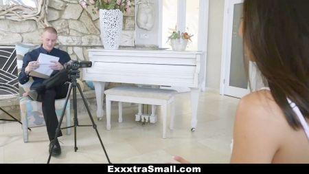 Mia Khalifa With His Fan Sex Videos