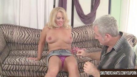 Suny Luoni Sexy Vedio
