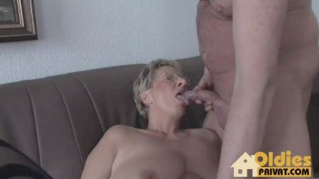 Small Girl Fuck With Old Man