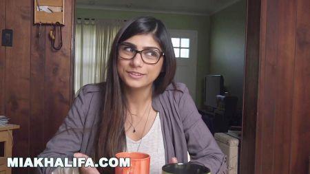 Karishma Kapoor Ka Xxx Sex Porn Xvideo Full Hd