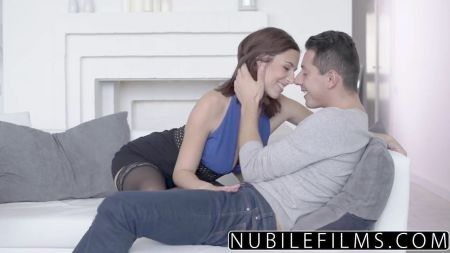 Indian Fat Woman With White Guy Sex Video