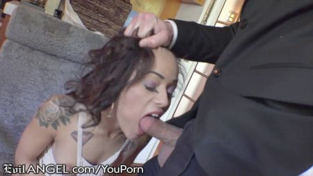Brother S Sister Hot Sex With Bliding