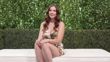 Massive Tits In Bra Show