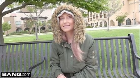 Senny Leaon Hot Video