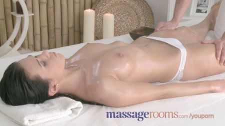Son And Mom Share One Bed In Hotel And Fuck