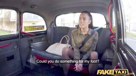 First Time Seal Opan Bleeding Sex Virgen Video Redwap