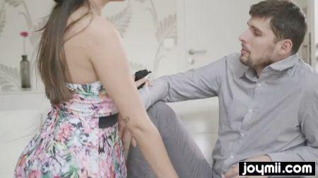 17 Again Movie Sex Scenes